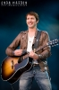 2010-james-blunt-at-help-for-heroes_0088-copy