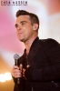 2010-robbie-williams-gary-barlow-at-help-for-heroes_0281-copy