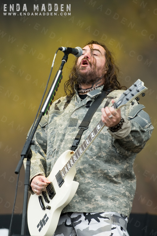 2011-cavalera-conspiracy-at-sonisphere-by-enda-madden_0035-copy