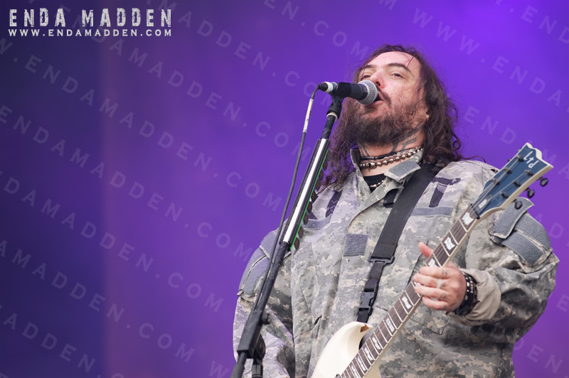 2011-cavalera-conspiracy-at-sonisphere-by-enda-madden_0077-copy