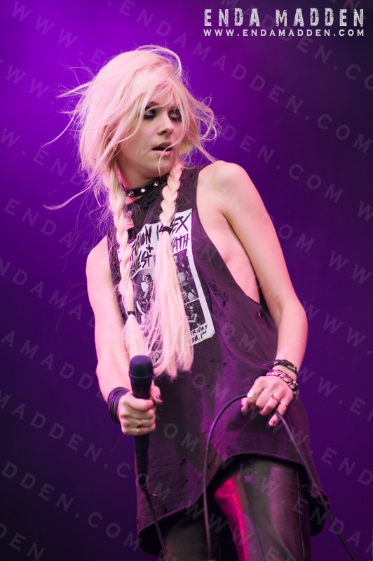 the-pretty-reckless-at-download-by-enda-madden_0066-copy