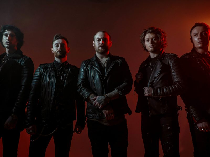ASKING ALEXANDRIA Release 'Antisocialist (Unplugged)'